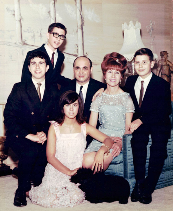 Dad, Bobby, Alvin, Nanny, Gary, and Randee (from left)